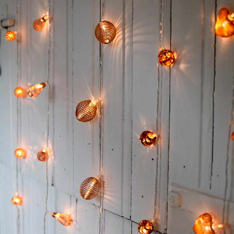 tendance la d coration lumineuse cuivr e skylantern le blog enchanteur. Black Bedroom Furniture Sets. Home Design Ideas