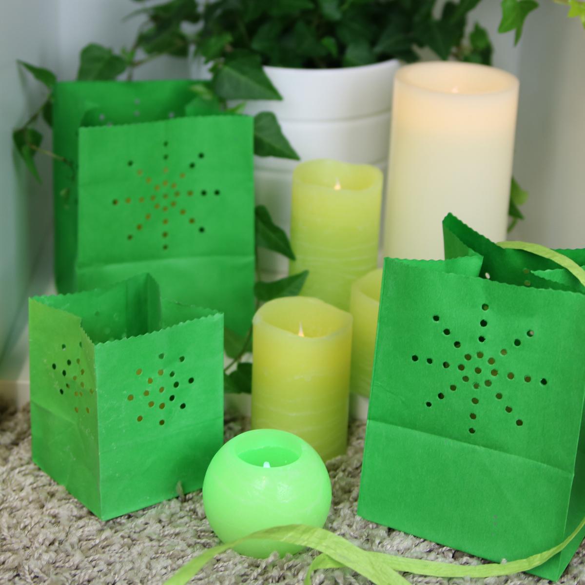 ambiance verte constitué de sacs lumineux et de bougies led