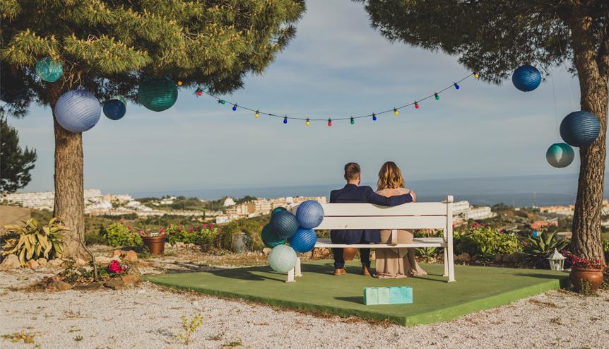 mariage bleu lavande guinguette mariés