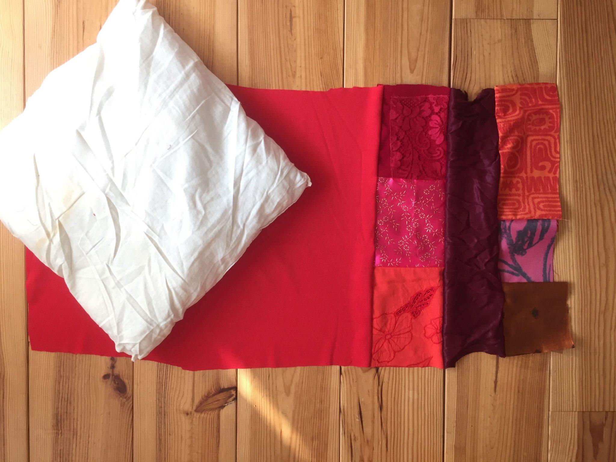 D co outdoor boh me avec le blog pierre papier ciseaux for Tissu pour coussin exterieur