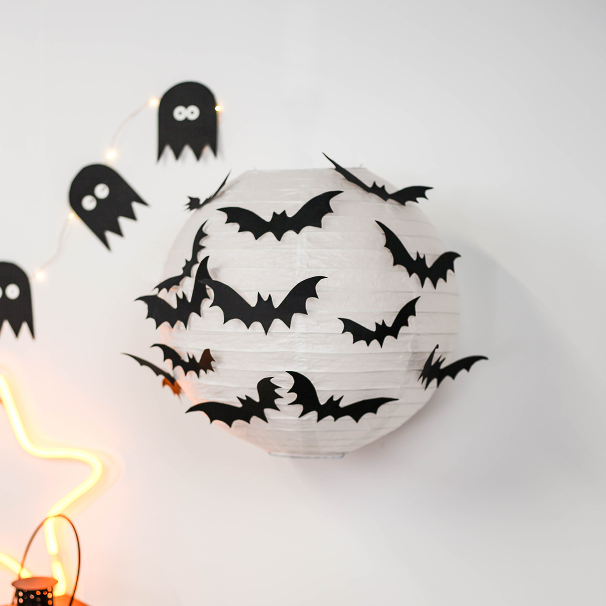 diy halloween nos 3 tutos d co papier et lumineuse. Black Bedroom Furniture Sets. Home Design Ideas