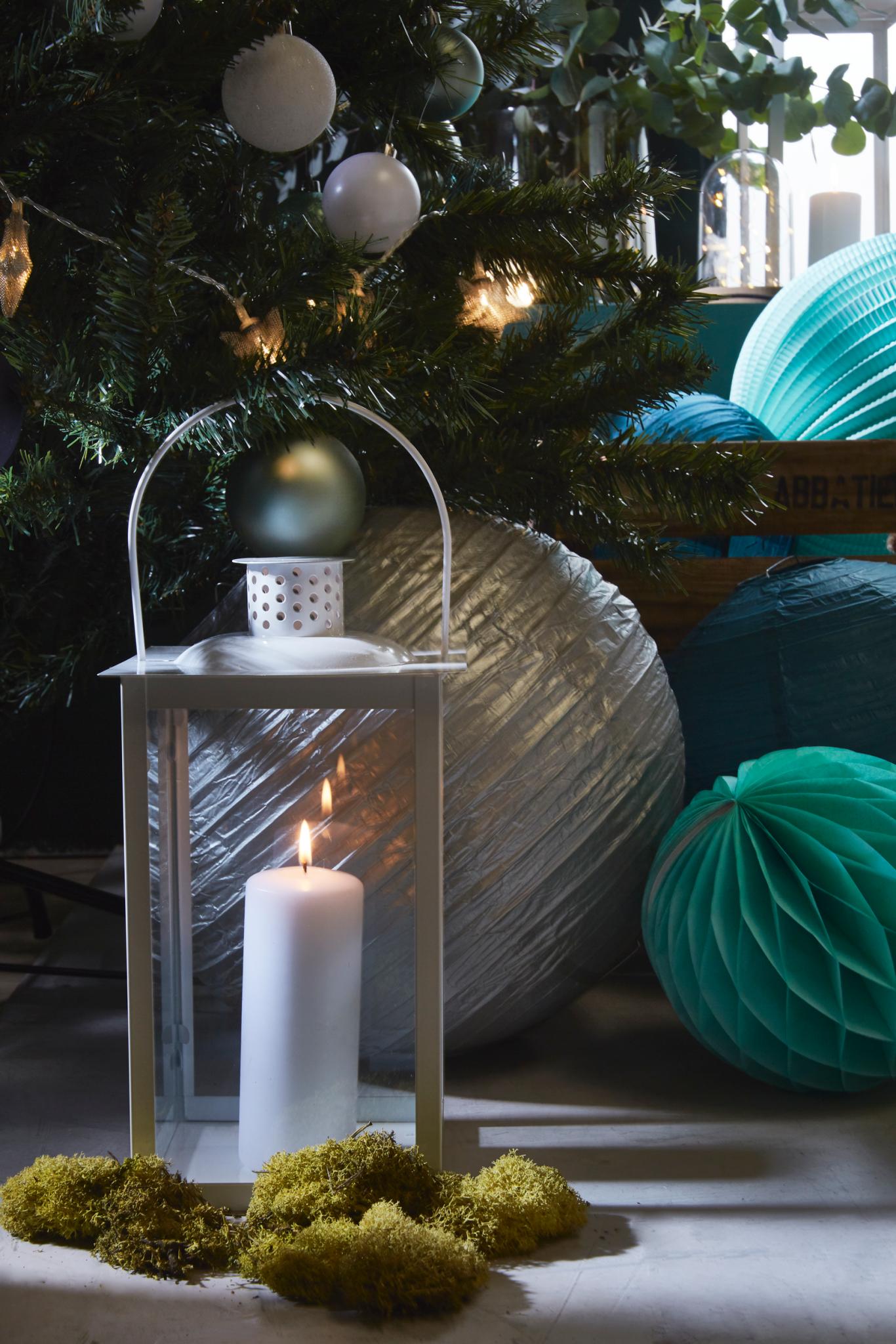 lanterne metal blanc bougie decoration tendance 2018 noel. Black Bedroom Furniture Sets. Home Design Ideas
