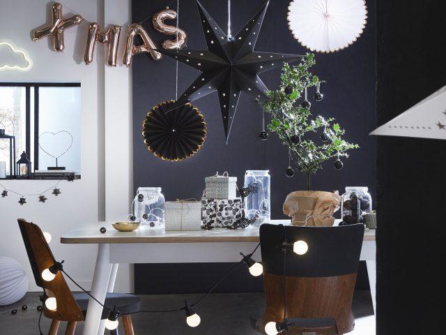 décoration noel noir blanc tendance 2018 2017 skylantern lampions cuivre
