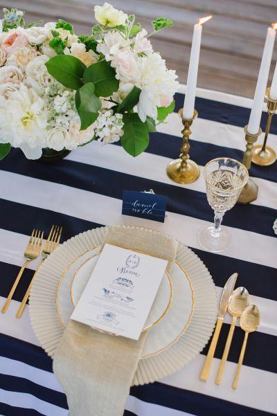 décoration bleu navy sable tendances décoration mariage 2018