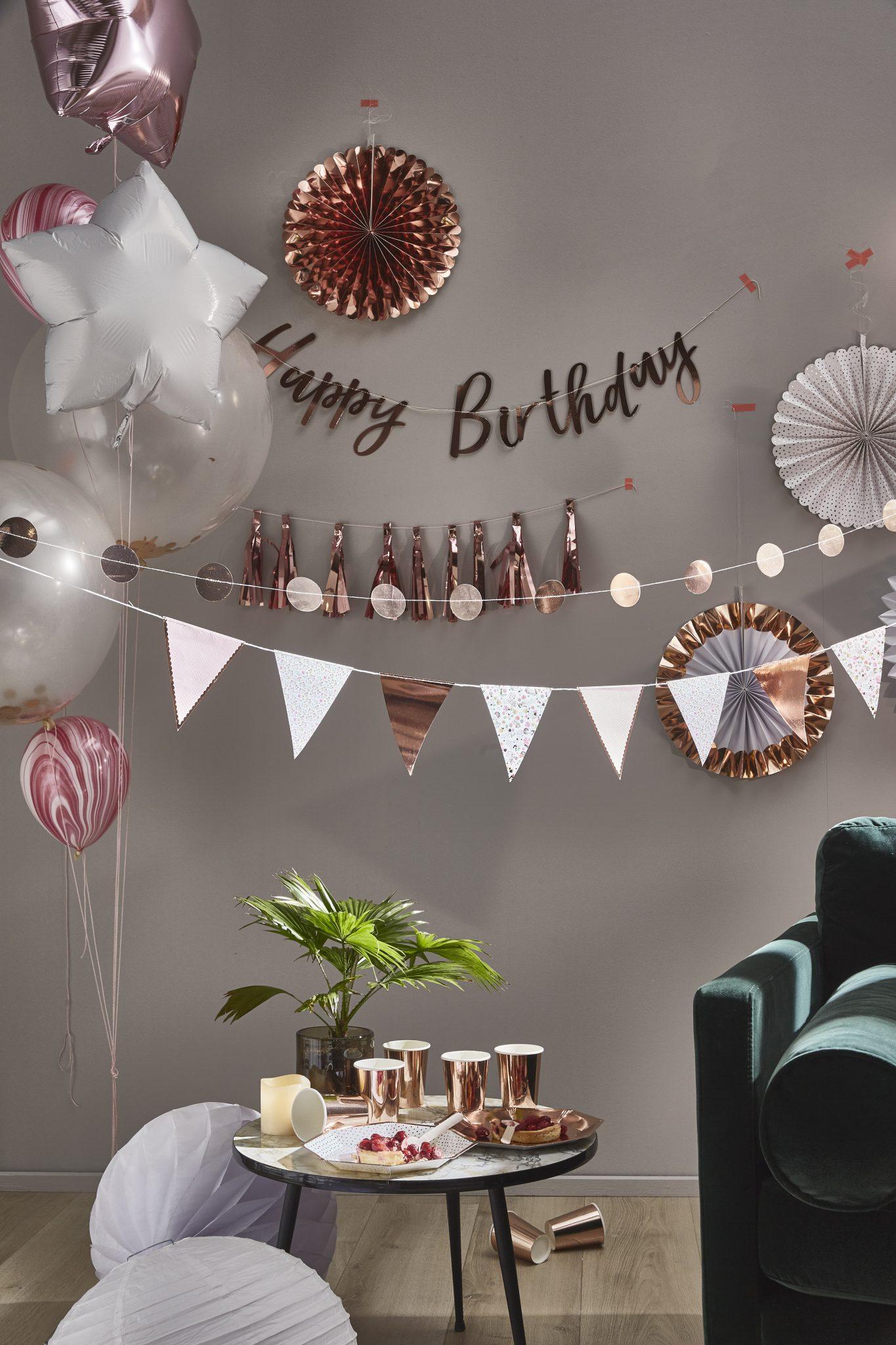décoration anniversaire rose gold or party guirlandes happy birthday skylantern