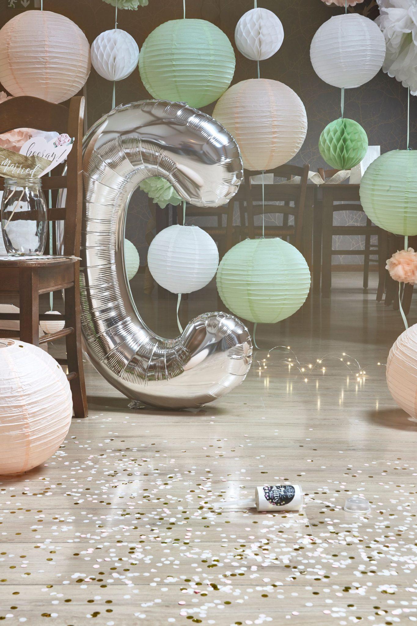 ballon lettre confettis photobooth idées déco mariage